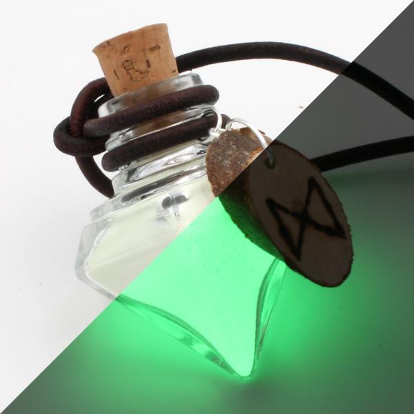 """Illuminated mana """"Dagaz"""" (green)"""